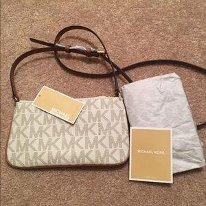 NWT Michael Kors Crossbody Bag Vanilla/Goldtone
